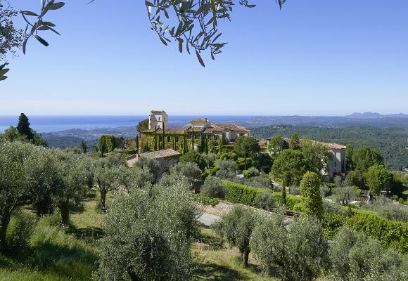 Luxusreise nach Frankreich ins Chateau St. Martin & Spa