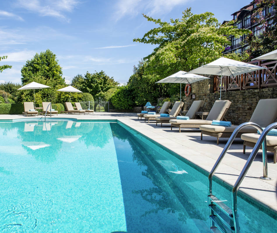 Luxusurlaub im Evian Resort Hotel Ermitage in Frankreich